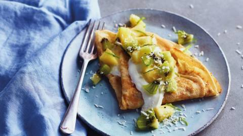 Tropical crepe with kiwi and pineapple salsa