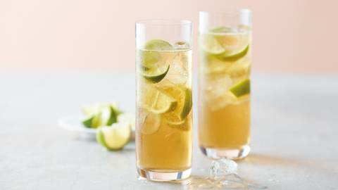 Whisky and ginger cooler