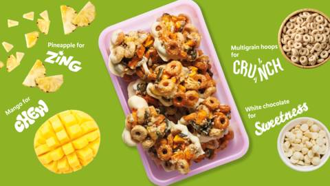Fruity cereal clusters