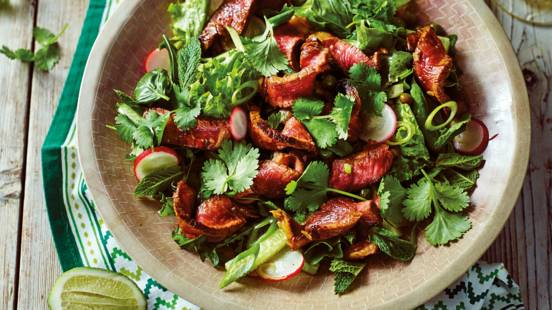 Warm beef salad with a twist
