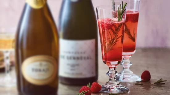 Raspberry and Rosemary Fizz