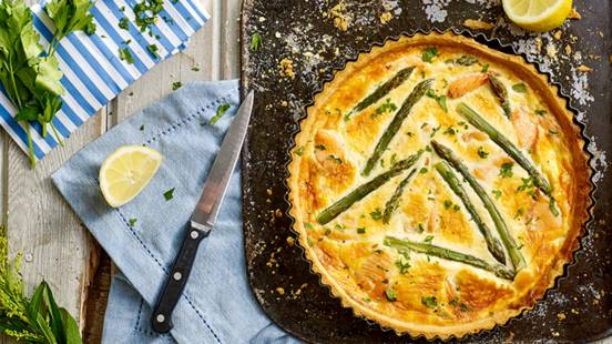 Smoked salmon and asparagus tart with crème fraîche