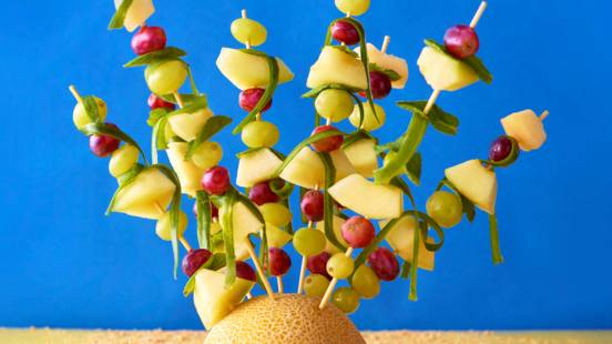 Seaweed fruit skewers