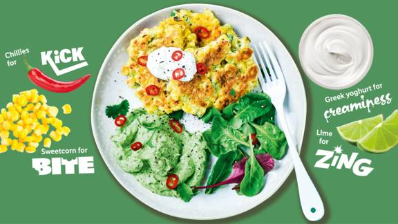 Corn fritters with creamy avocado dip