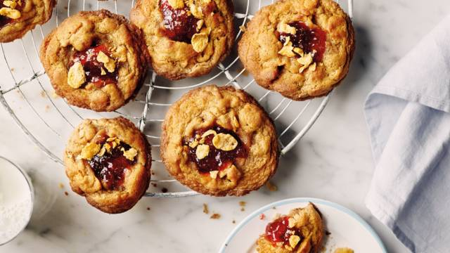 Peanut butter and strawberry jam cornflake cookies